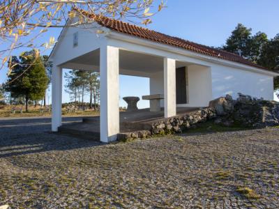 Capela de Santa Bárbara - Cortiçada
